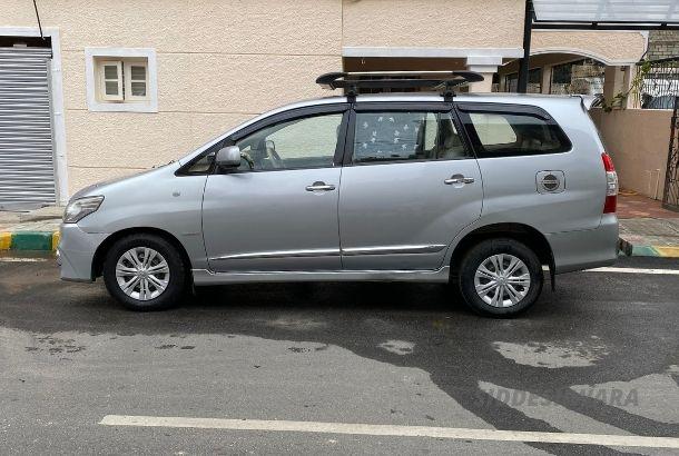 Car Rental Innova