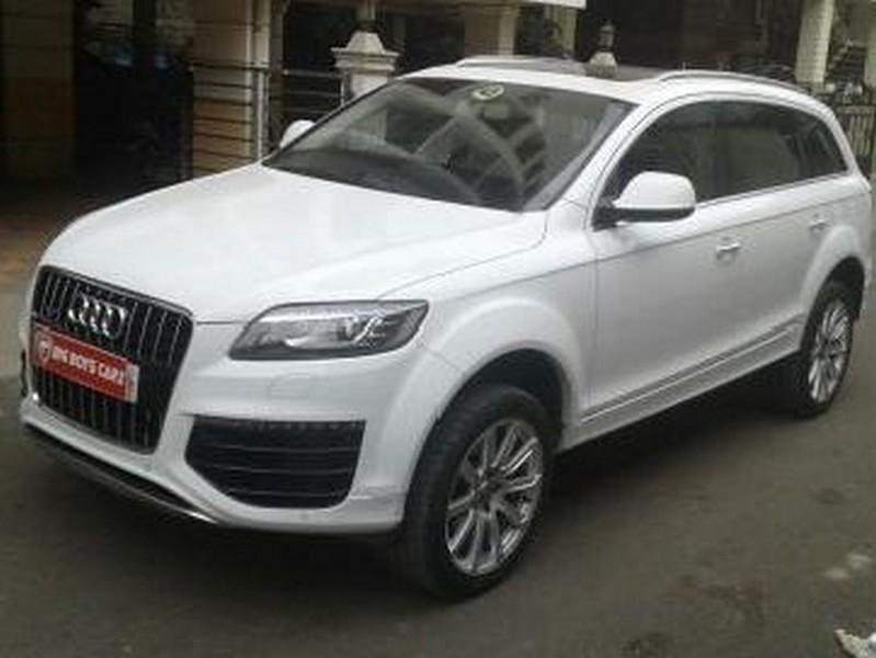 Audi Q7 Rental